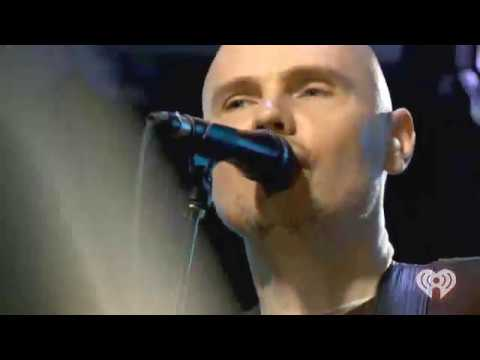 smashing - The Smashing Pumpkins play Space Oddity live at the iHeartRadio Theater in New York for Rock 105.3 Radio.