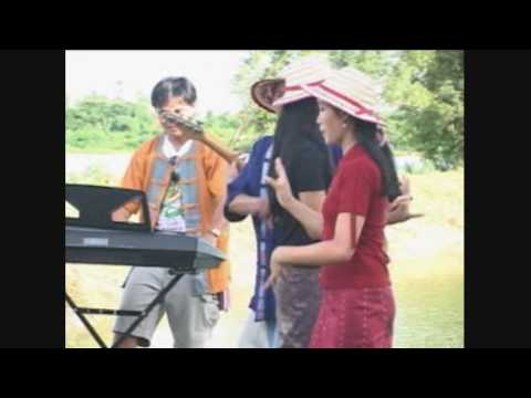 henkon - Two songs by Bouakham lamvong laos style....enjoy!!!!