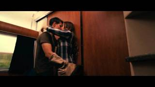 Nonton Abduction Kiss Scene (Taylor Lautner & Lily Collins) Film Subtitle Indonesia Streaming Movie Download