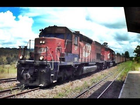 Trem ALL K05 SD40T-2 9507 Cruzando em Machado