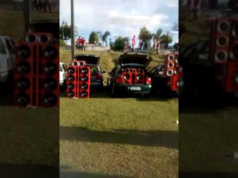 Tuning sound car em Muzambinho (EQUIPE PERTURBASOM) ABS SOM♪(juruaia-MG)