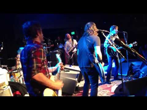 Sound City Players & John Fogerty Fortunate Son (live)