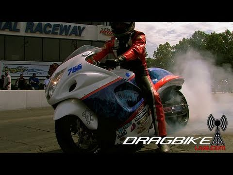 GSXR1300 Hayabusa runs a 7.06et @195mph on NOS in the 1/4 mile! NO WHEELIE BARS!