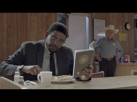 Hollywood.com - http://www.hollywood.com 'Two Men in Town' Trailer Director: Rachid Bouchareb Starring: Forest Whitaker, Harvey Keitel, Brenda Blethyn A Muslim ex-con forms a friendship with his parole...