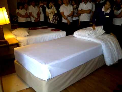 how to make a hotel bed youtube 2