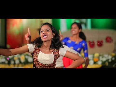 Best ever surprise dance performance on Wedding Reception , traditional kerala style