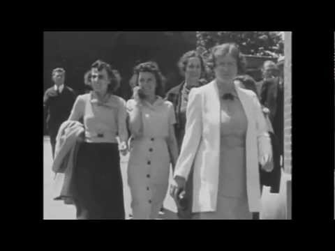 Time Travelers in 1928 and 1938 film caught talking on a cell phone