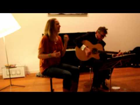 henkhofstede - Live In The Living 19-2-2012: Vera van der Poel (DiVERA) and Henk Hofstede played Up On The Hill. Up On The Hill is from the album: Spoon River, A Lakeside C...
