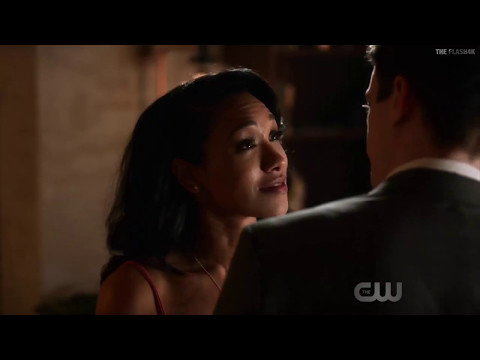 Barry Gets His Powers Back   The Flash 3x21 Barry  iris Kiss