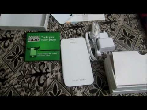winlip2 - A quick unboxing of the Samsung Galaxy Note II. Specs: CPU: Exynos Quad-Core 1.6GHZ RAM: 2GB Storage: 16/32/64GB + MircoSD up to 64GB Battery: 3100 mAh Displ...