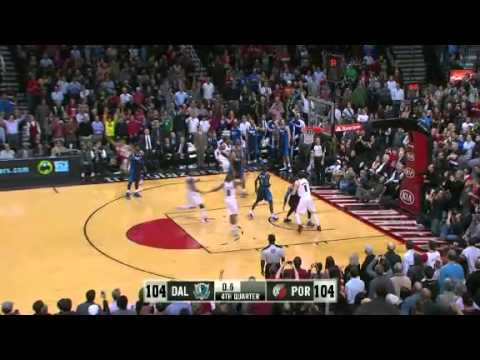 LaMarcus Aldridge Hits Game Winner Vs. Mavericks
