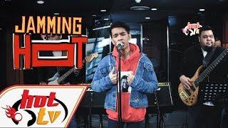 Video NAIM DANIEL - Medley Lagu Hit Dato' Sri Siti Nurhaliza MP3, 3GP, MP4, WEBM, AVI, FLV Januari 2018