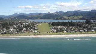 Pauanui Beach New Zealand  city photos gallery : Landing cessna 172 Pauanui New Zealand