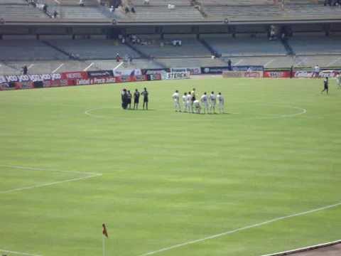 Estadio Olímpico Universitario Pumas entrenado con Monarcas