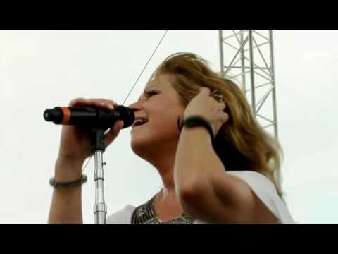 Patty Loveless sing DRIVE!