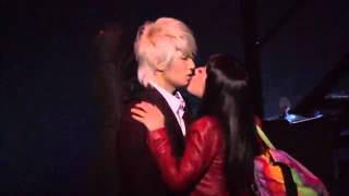 Video tiffany snsd kiss with Jungmo trax MP3, 3GP, MP4, WEBM, AVI, FLV Januari 2018