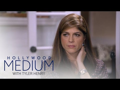 Selma Blair's First Love Reaches Out From Beyond | Hollywood Medium with Tyler Henry | E!
