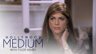Video Selma Blair's First Love Reaches Out From Beyond | Hollywood Medium with Tyler Henry | E! MP3, 3GP, MP4, WEBM, AVI, FLV Juni 2018