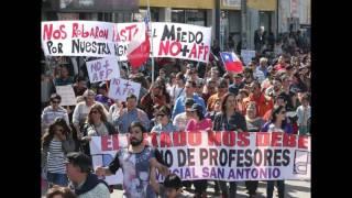 """Ediciones Radio Universidad de Chile presenta """"El descalabro de la política"""" de Juan Pablo Cárdenas"""