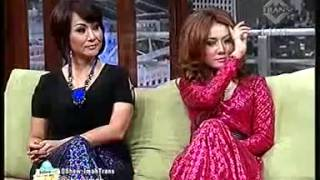 Nonton  Show Imah Heboh     Kelihatan Celana Dalamnya Live 06 09 2013 Film Subtitle Indonesia Streaming Movie Download