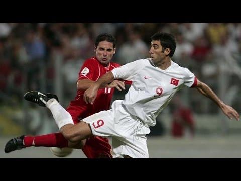 Ένταλμα σύλληψης για τον θρύλο του ποδοσφαίρου Χακάν Σουκούρ