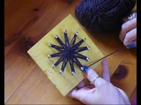 Come fare i fiori di lana col telaietto