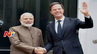 Opposition Parties Comments on Narendra Modi Foreign Tour