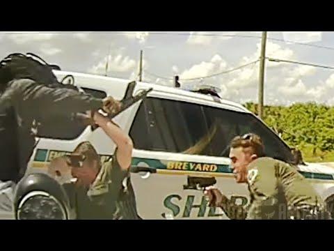 USA, nagły atak z zaskoczenia z bronią ciężką na policjantów na Florydzie