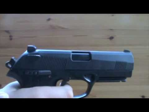 Airsoft- Beretta PX4 Storm Blowback Demo