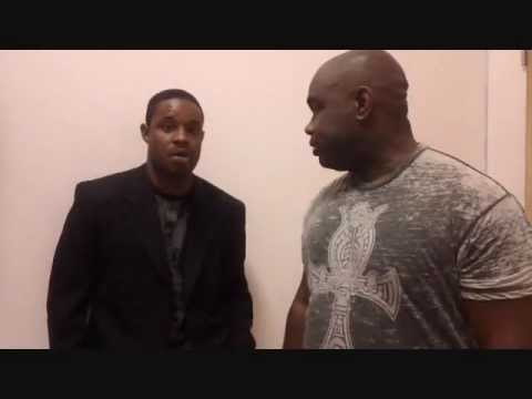 RODNEY PERRY COMEDIAN CHECK IN BACKSTAGE
