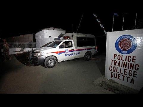Πακιστάν: Αιματηρή εισβολή ενόπλων σε αστυνομική ακαδημία