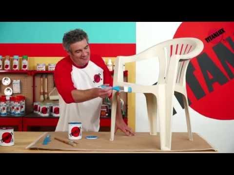 Cómo pintar sobre plástico