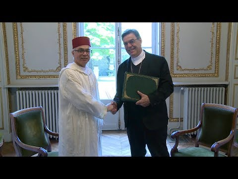 Notre-Dame de Paris : M. Chakib Benmoussa s'entretient avec l'Archevêque de Paris