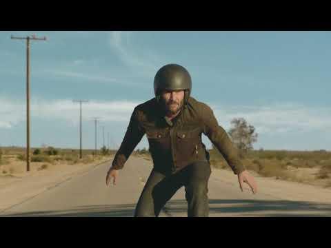 """Vídeos de 'Keanu Reeves """"vuela"""" con su Arch KRGT-1 en la Superbowl'"""