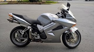 8. Honda VFR800F Interceptor 2004