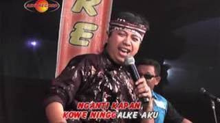 Video Joklitik - Esem Lan Guyumu (Official Music Video) - The Rosta - Aini Record MP3, 3GP, MP4, WEBM, AVI, FLV Juli 2018