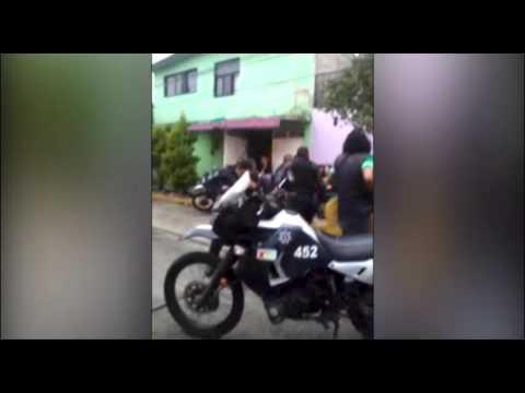"""""""Campal"""" entre polis y vecinos de Neza"""