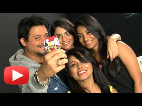 Swapnil Joshi Birthday Celebration with Sonalee Kulkarni, Prarthana Behre – Celebrity Tadka