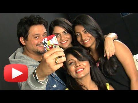 Swapnil Joshi Birthday Celebration with Sonalee Kulkarni, Prarthana Behre – Celebrity Tadka