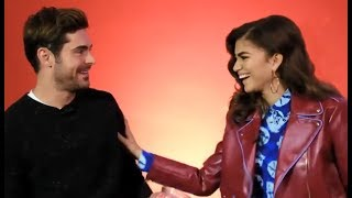 Video Zendaya & Zac Efron Get Intimate MP3, 3GP, MP4, WEBM, AVI, FLV April 2018