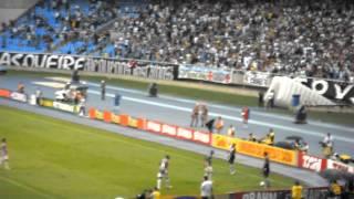Finalzinho do jogo e a comemoração da torcida do Vasco no Engenhão. Dia 27/11/2011.