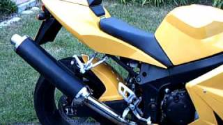 10. Triumph Daytona 600 in yellow, the flying wasp!