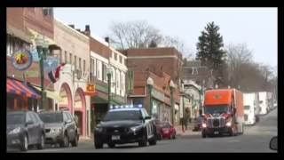 Ellsworth (ME) United States  City pictures : Wreaths Across America Convoy travels through Ellsworth, Maine 2013