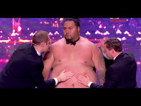 上百公斤肥男拿來當鼓打,竟這麼好聽