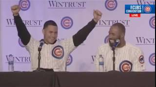 Contreras tells hilarious and profane story at Cubs Con