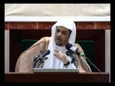 وصف النبي بأنه صاحب لواء الحمد