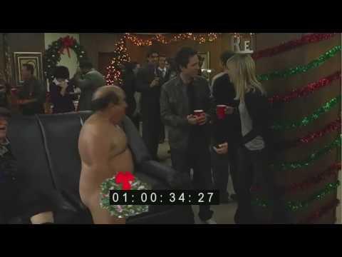 Danny DeVito Naked Always Sunny in Philadelphia Couch Blooper