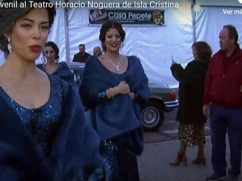 Llegada Corte Juvenil al Teatro Horacio Noguera de Isla Cristina