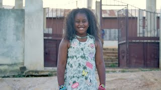 Pint-sized philanthropist Khloe Thompson traveled to Ghana with her mother and great-grandmother to discover her roots and learn about the country's painful ...
