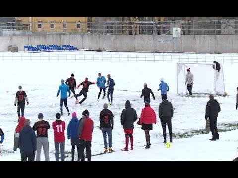 В минувшие выходные на новгородском стадионе